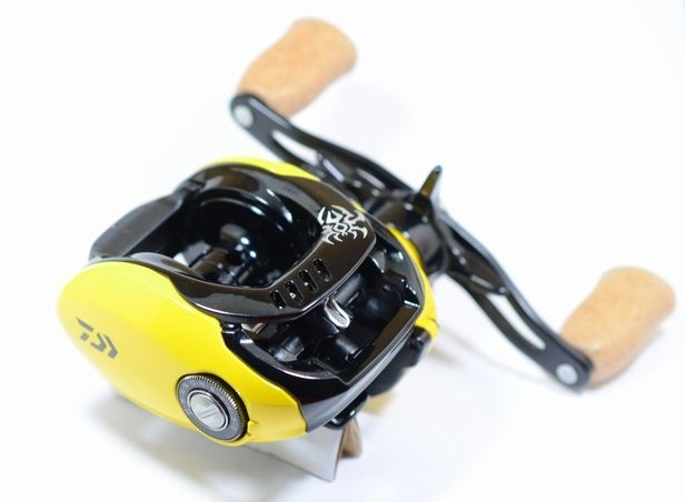 Daiwa 17 Tatula Type-R YL-SD, yellow limited model 2017